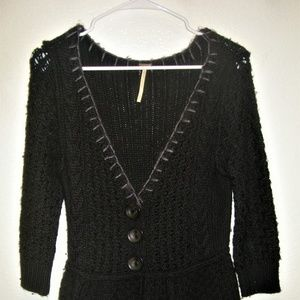 FREE PEOPLE LOOSE KNIT B/D OPEN V-NECK SWEATER
